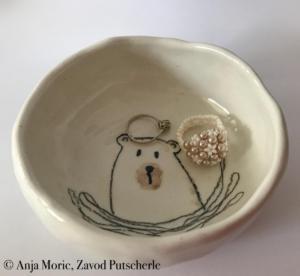 Bearies collection, Zavod Putscherle, brown bear, rjavi medved, Kočevska, Kočevsko, keramika, ceramics, handmade